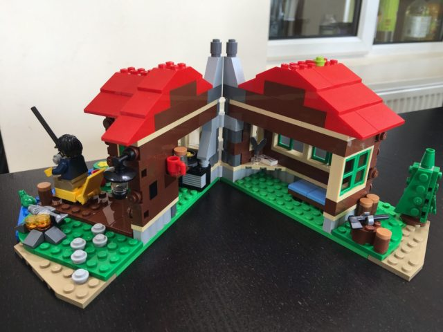 Lego Lakeside Lodge Open