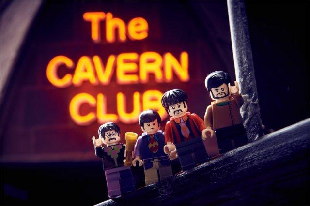 Lego Beatles Yellow Submarine The Cavern Club