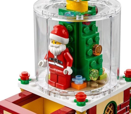 Lego Santa Snow-Globe