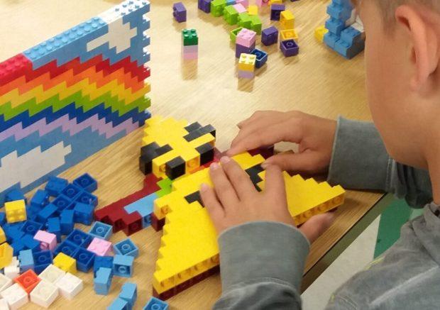 Atelier pixel art en Lego