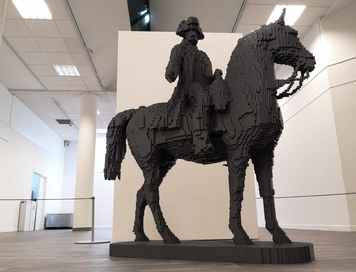 statue équestre Napoléon en Lego