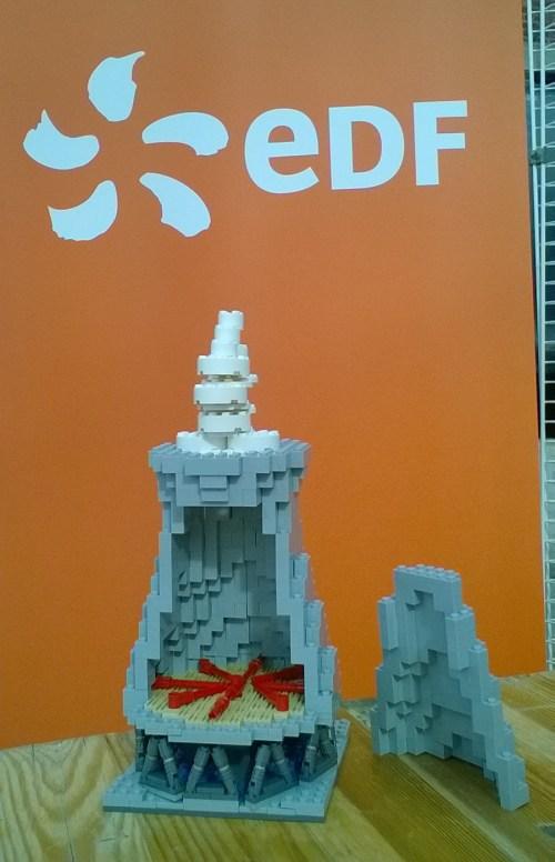 maquette Lego tour aerorefrigerante