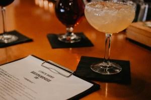 Brickhouse 737 menu, drinks and bar