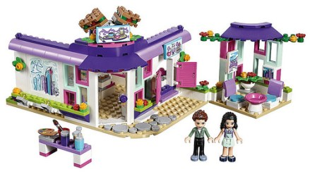 41336 lego friends emma's art cafe 2