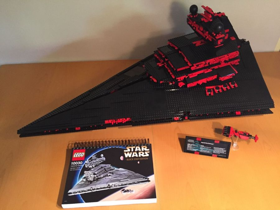 10030 Imperial Star Destroyer versione nera