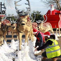 700,000 Brick Sleigh Arrives At LEGOLAND Windsor