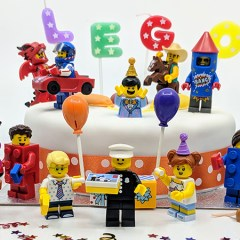 Click & Snap: Party Time For LEGO Minifigures