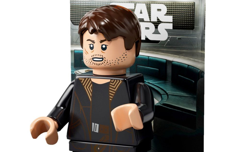LEGO Star Wars The Last Jedi DJ Minifigure (40298) Is Now Available at Toys R Us.