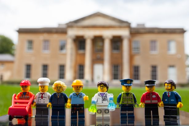 Find Your New Recruit Campaign in Bristol, UK Features LEGO Minifigures