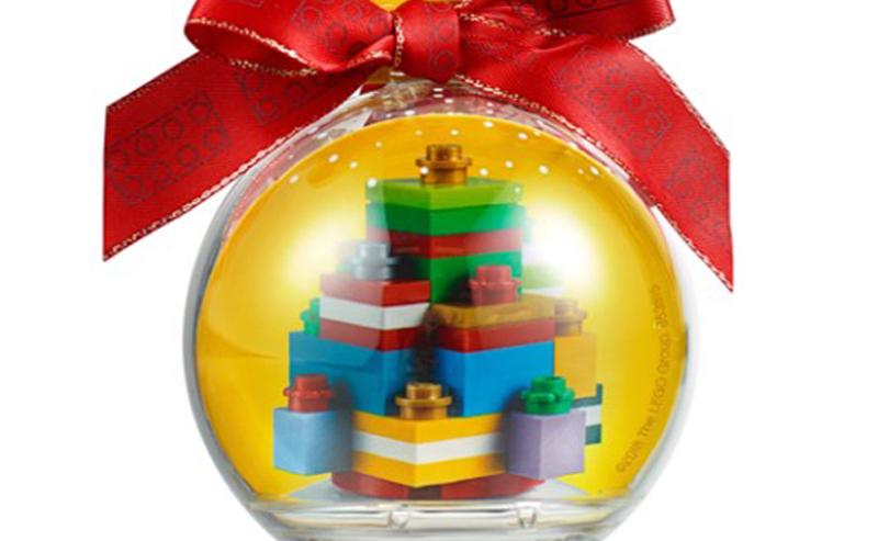 2018 LEGO Seasonal Christmas Ornaments Revealed