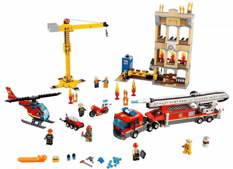 lego-city-2019-60216-0003-e1543254875971