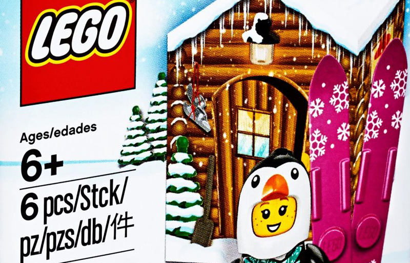 Penguin Girl Winter Hut (5005251)