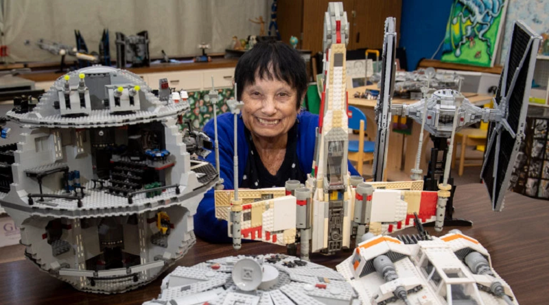 Art Teacher Whose LEGO Star Wars Set Collection at Her School Got Vandalized, Now Has Her Exhibits Nearly Restored