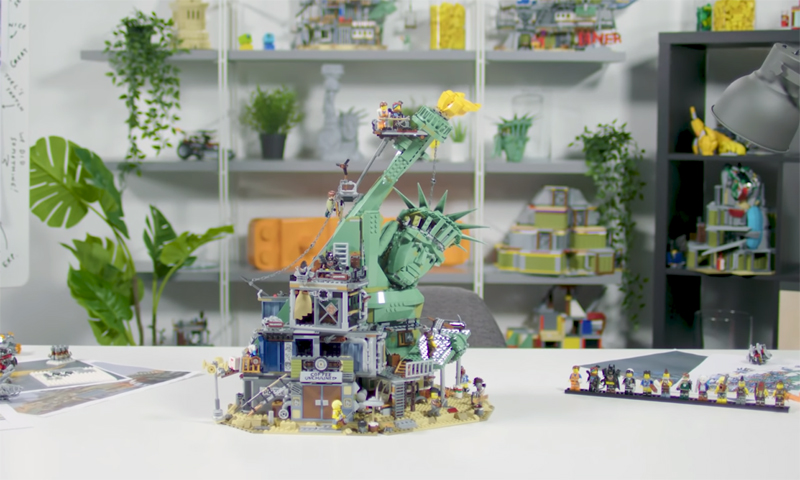 Designers Share Their Thoughts in this LEGO Movie 2 Welcome to Apocalypseburg! Designer Video