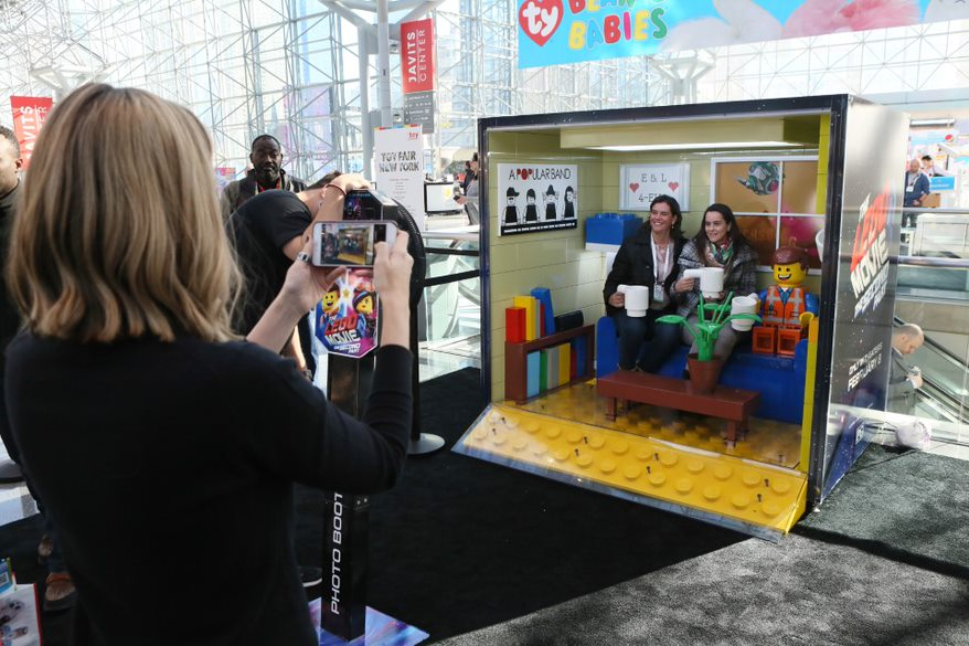 LEGO Impresses with Exhibits, Displays and New Products Unveiled in 2019 New York Toy Fair