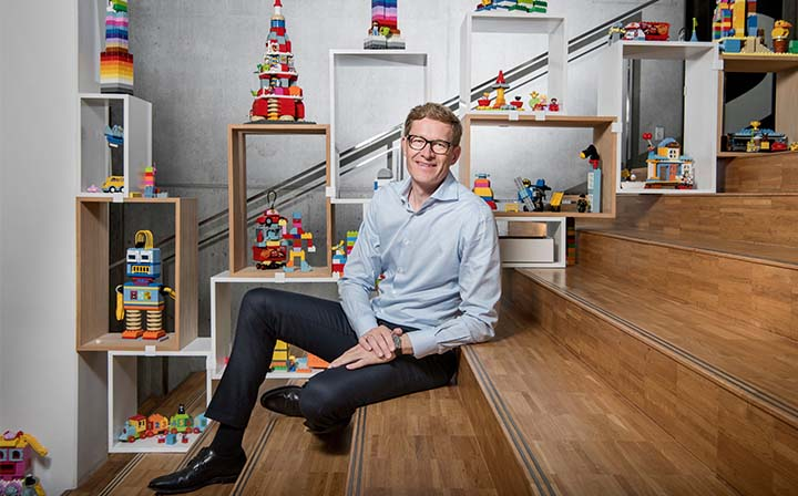 LEGO Group CEO Talks Company's Future Plans: Plastics, China Market, AFOLs