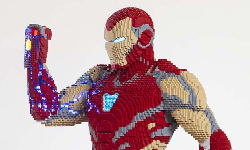 LEGO Avengers: Endgame Iron Man Statue