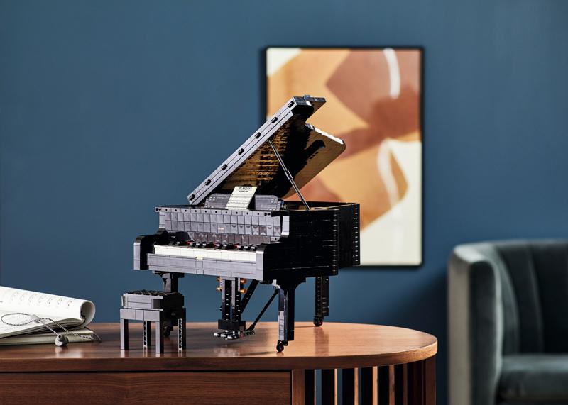 The LEGO Ideas Grand Piano (21323) Makes a Grand Entrance