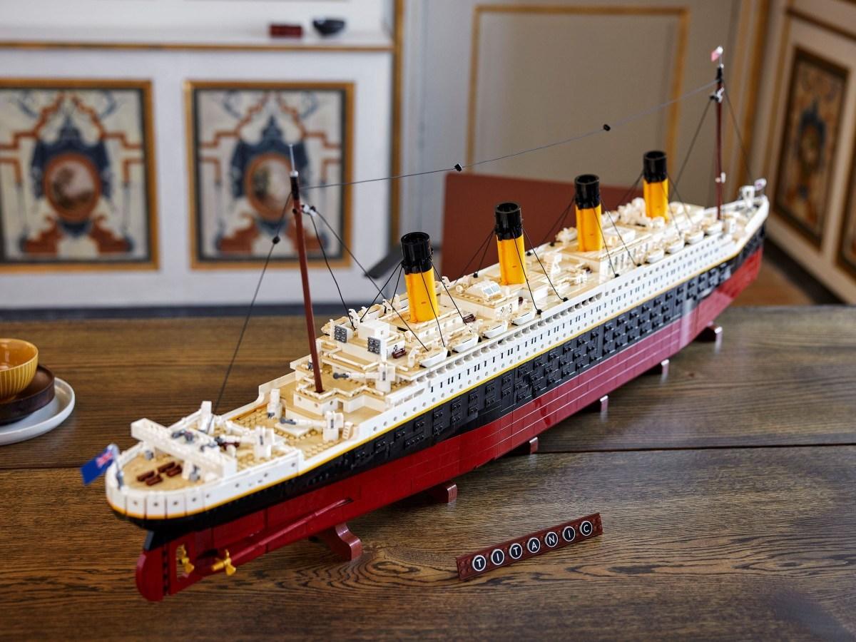 LEGO Finally Confirms Creator Expert Titanic (10294)