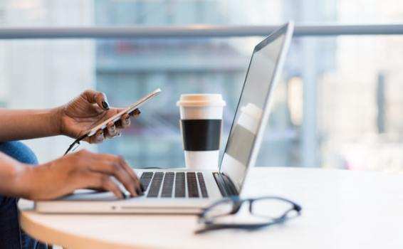 How Hiring a Virtual Assistant Can Help Your Business