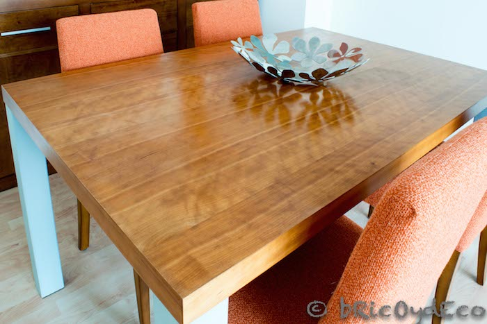 mesa de comedor encerada