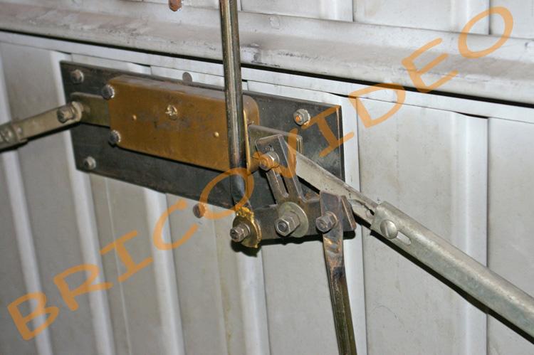 Securite Porte De Garage Conseils Blindage Des Portes Serrures Resistante Protection Contre Effractions