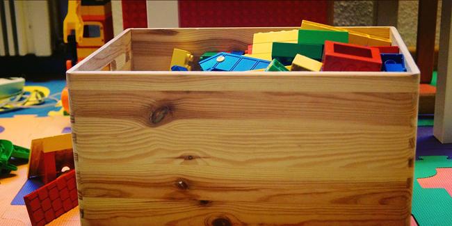 comment construire un coffre a jouets