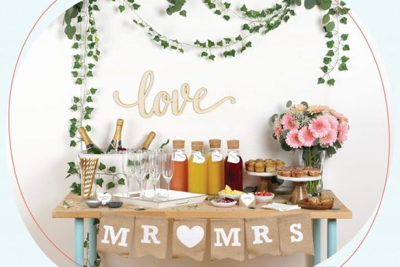 DIY Drink Station: Mimosa Bar! Perfect for your wedding