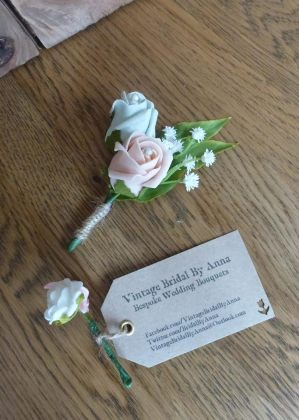 Baby buttonholes