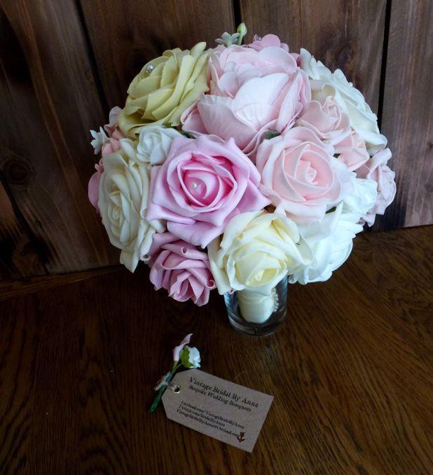 Bright rose wedding bouquet lemon