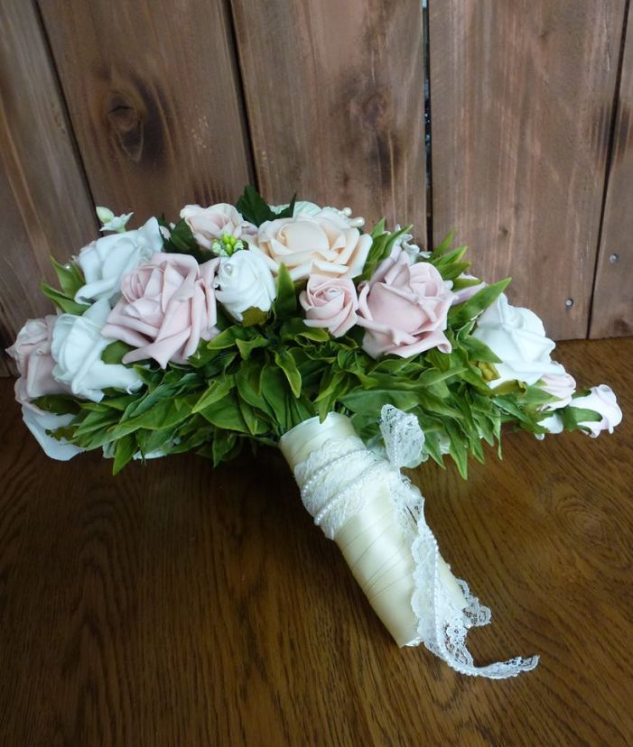 waterfall aritificial flowers bouquet