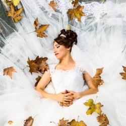 autumn leaves bride