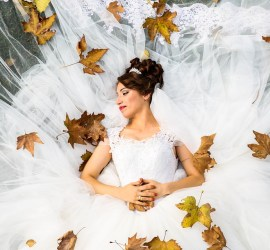 autumn leaves bride