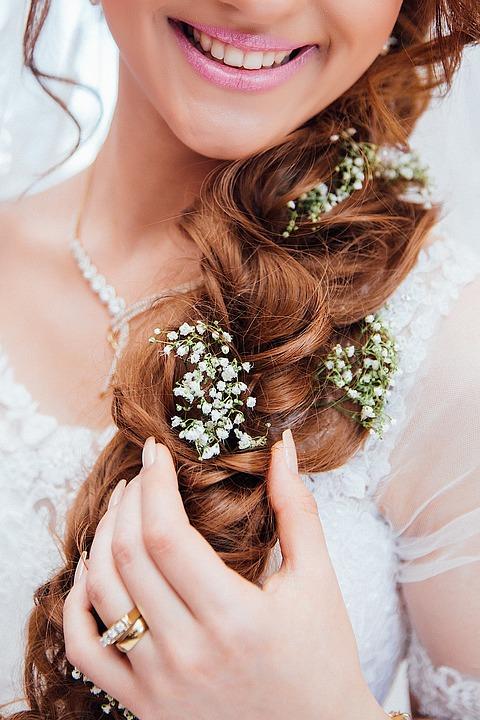 wedding day smile ginger hair