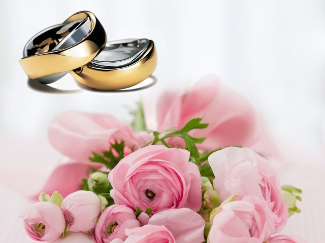 rings with pink flowers