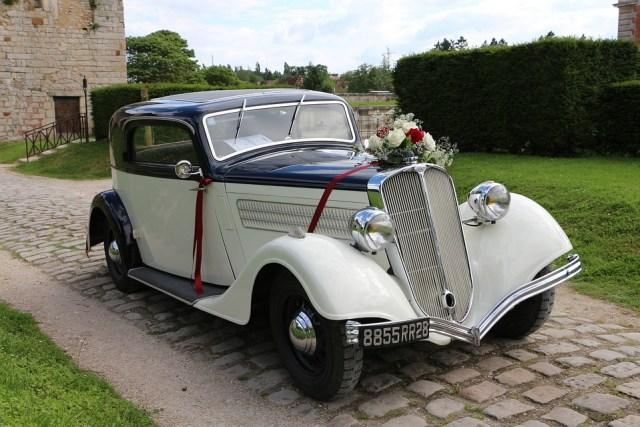 Wedding car with ribbon