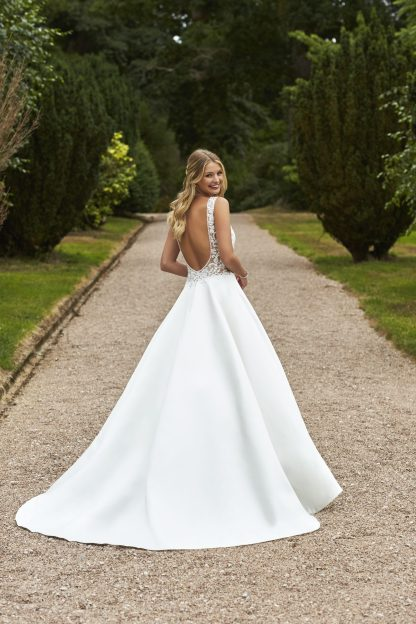 Romantica Donna open back