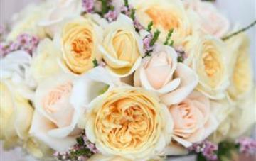 lilac peach and cream wedding bouquet   sugarlove media
