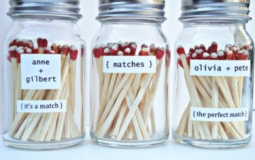 A Perfect Match: How To Incorporate Matches Into Your Wedding {DIY}
