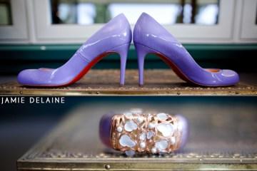 purple patent wedding shoes | jaime delaine photography