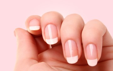 Acrylic Nails vs Gel Nails: A Horror Story {Beauty School}
