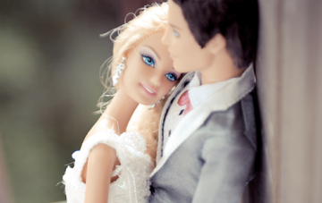 What Would Barbie Do? Plastic Pink & Aqua Wedding Inspiration