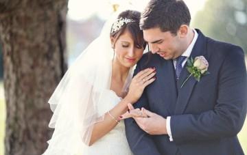stylish veil bride and groom | exhibit emotion