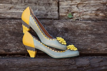 grey and yellow wedding shoes | EE photography