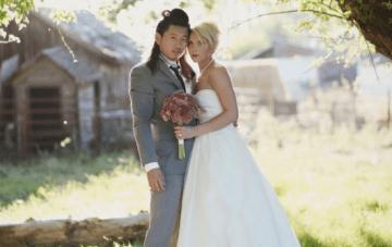 DIY Picnic Wedding: 500 Paper Cranes Under The Willow Tree