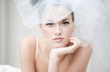 how to apply bridal make up