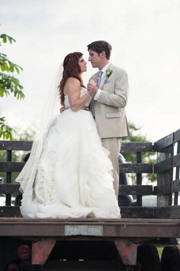 Romantic Sage, Grey & Lilac Wedding | Bride in ruffled tulle wedding dress | Carla Ten Eyck Photography41Romantic Sage Grey & Lilac Wedding | Carla Ten Eyck Photography 41