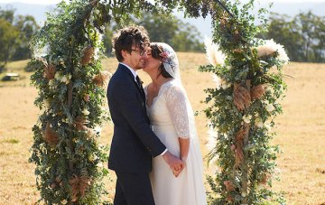 Intimate Rustic Country Lodge Wedding In Australia | Nikole Ramsay Photography | Bridal Musings 32