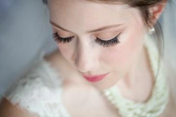 Classic Blue Wedding | Ali Lovegrove Photography via Bridal Musings  23