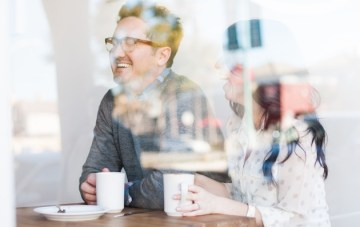 coffee shop engagement shoot | Limelife Photography 13